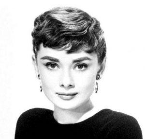 Audrey Hepburn, ihr Look bildete ein Gegenpart zum damaligen Frauenbild